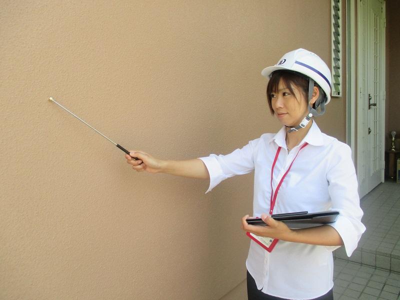 外壁塗装の費用を抑える!? 塗り替えタイミングと目視チェック箇所