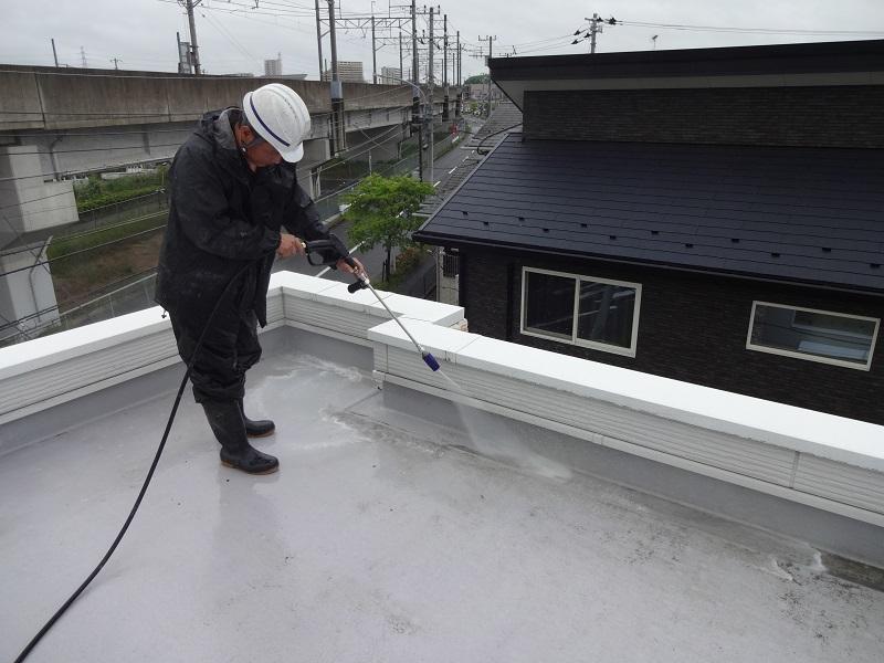 雨漏り防止・修理に大切な「防水工事」とは?